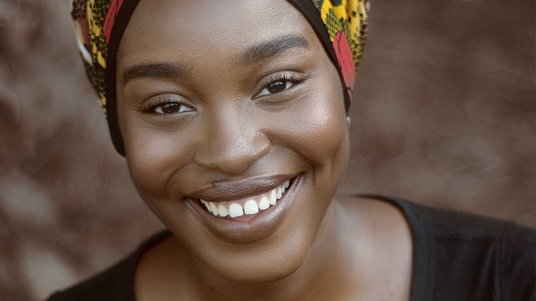 A smiling woman in Lagos, Nigeria